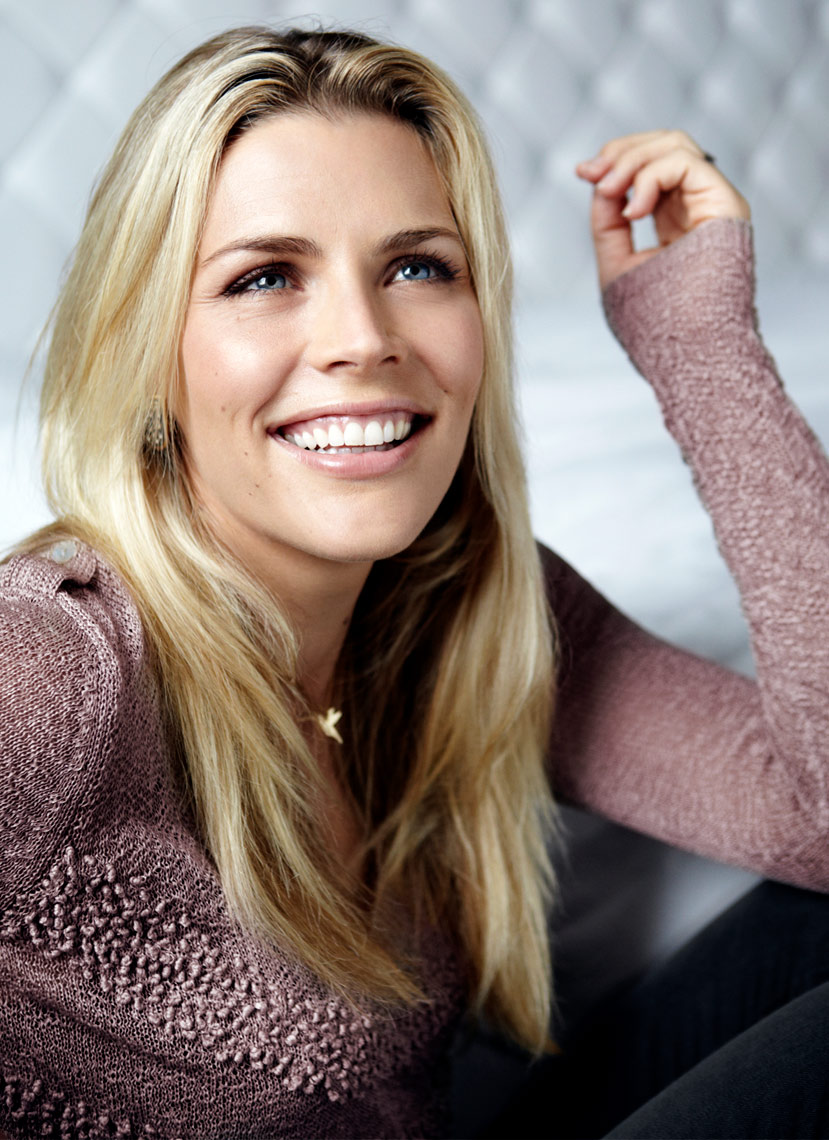 BUSY-PHILIPPS-AELISABETH-CAREN-0011A