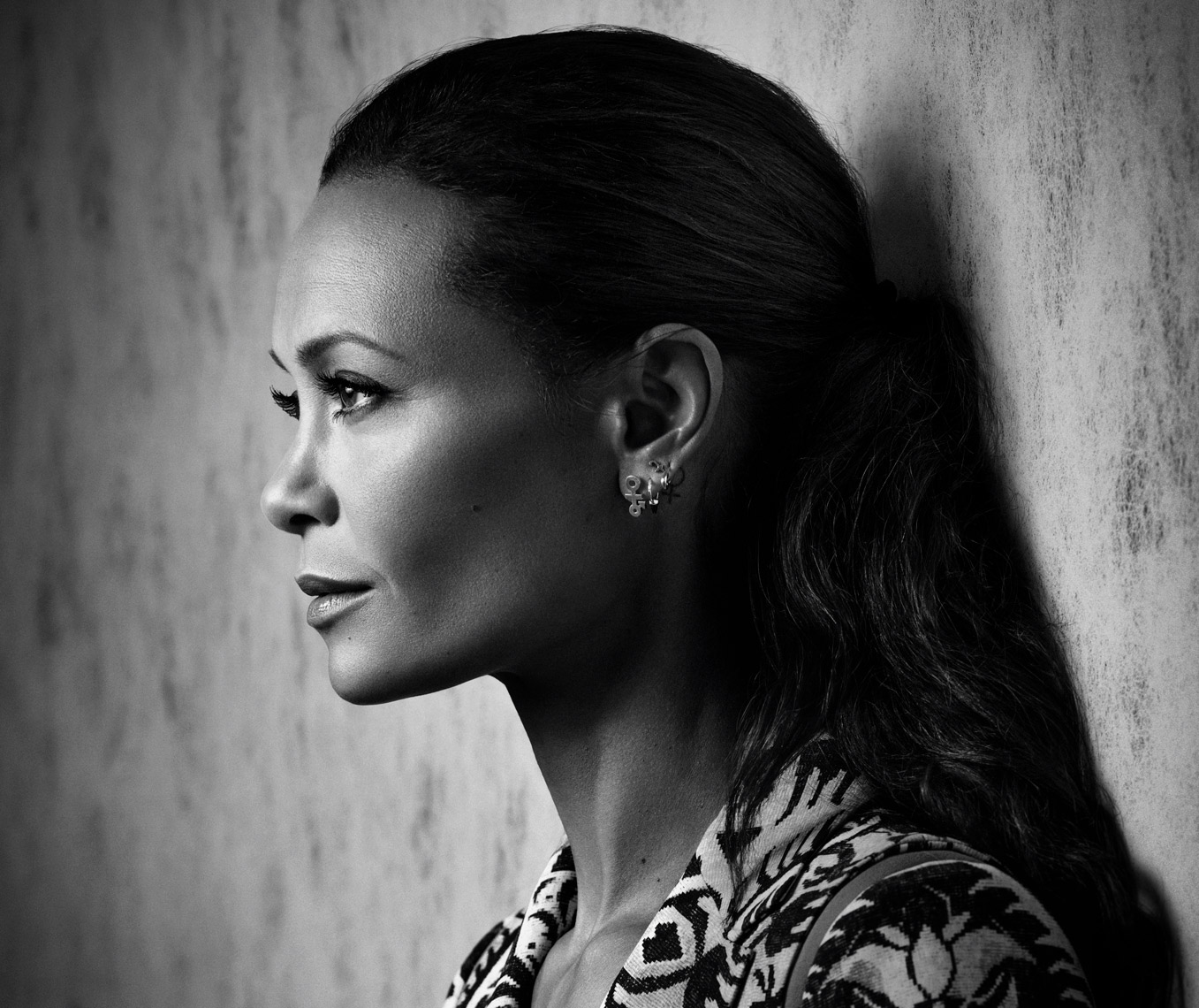 THANDIE-NEWTON-THE-WRAP-8850_BW-crop